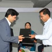 هایک ویژن کلیه تجهیزات موسسات آموزشی عالی راجستان هند را به صورت رایگان تامین می کند !